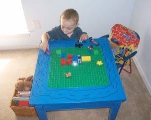 LEGO / DUPLO  TABLE