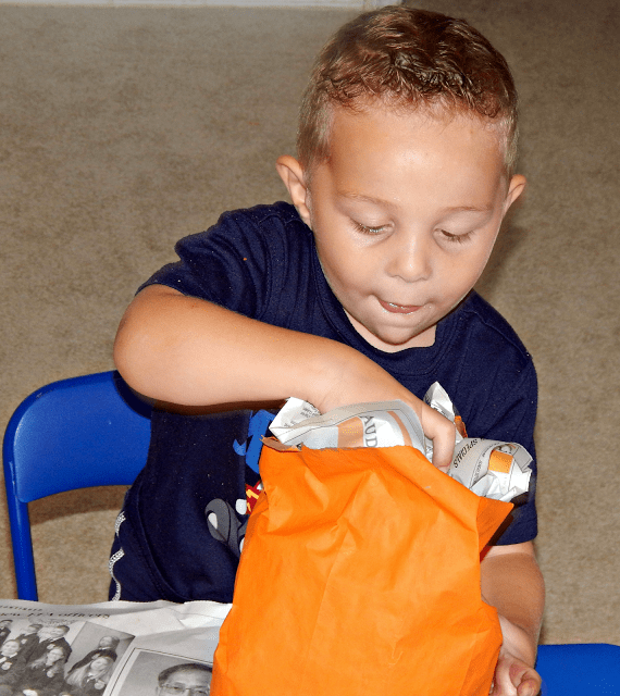 Pa[er Pumpkin Bag Craft