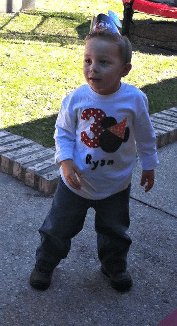 DIY Mickey Birthday Shirt No Sew