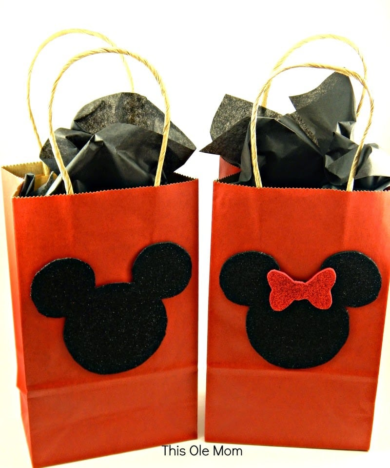 DIY Mickey Mouse and Minnie Mouse Gift Bags