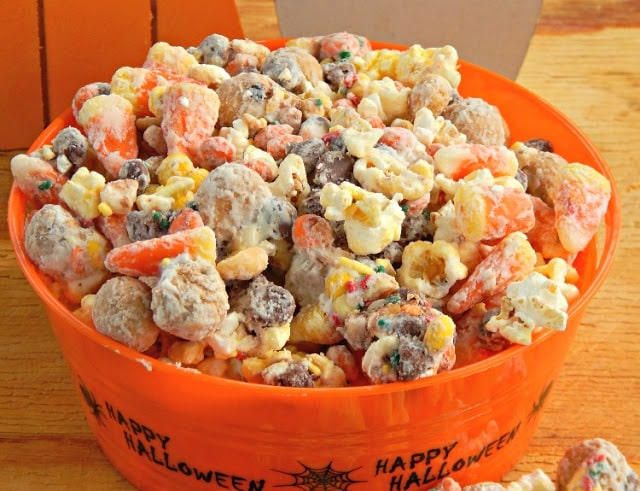 Popcorn Monster Much, Monster Munch Party Mix, Halloween Popcorn Party ...
