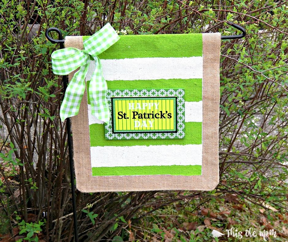 Happy St. Patrick's Day Outdoor Burlap Garden Flag