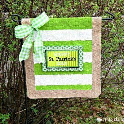 DIY Placemat Burlap Garden Flag