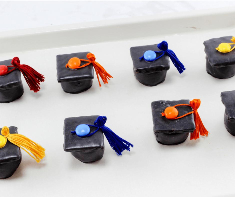 Gradation Caps with Tassels Dessert