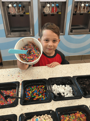 Show #HowYouSwirlWorld at RaceTrac's Swirl World