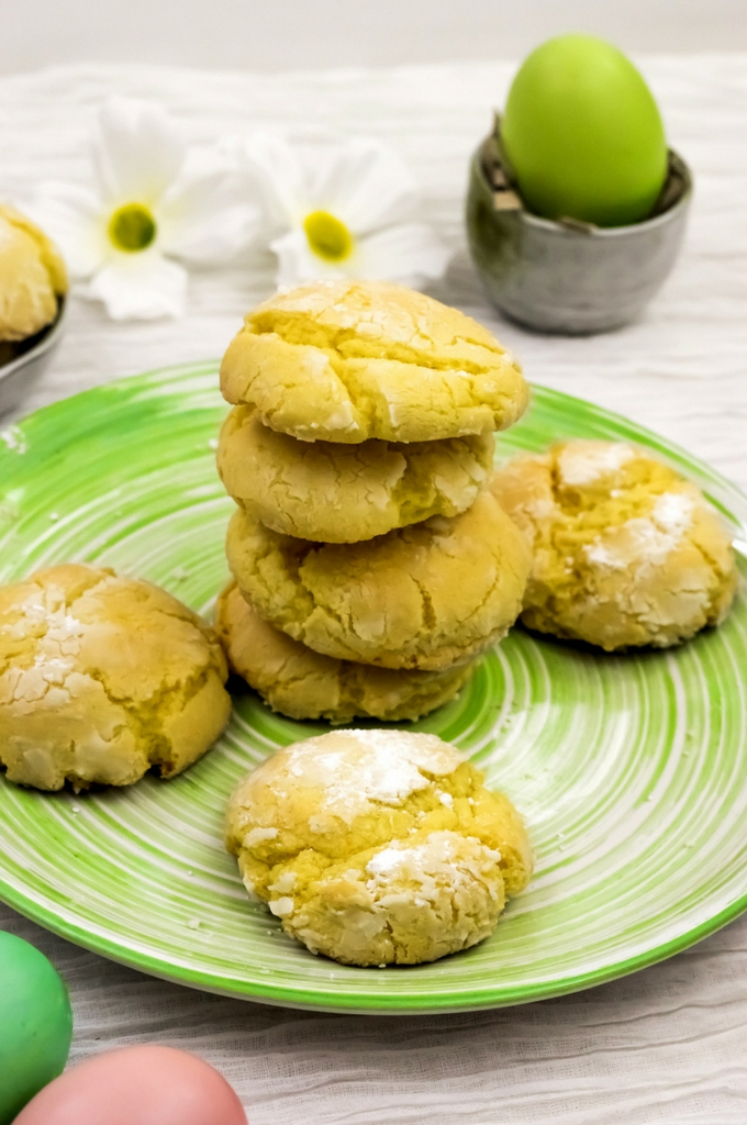 Chewy Lemon Crinkle Cookies