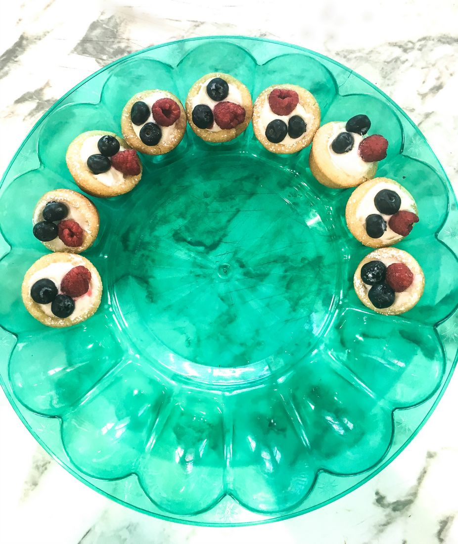 Beery Cream Cheese Cookie Cups Carrier