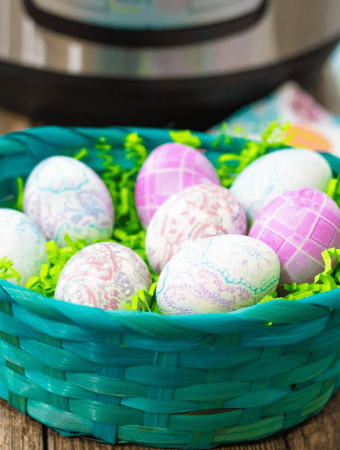 Instant Pot Tie Dyed Eggs
