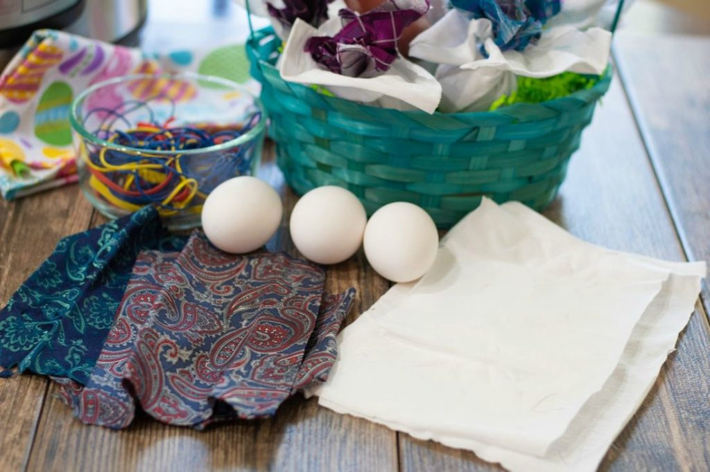 Instant Pot Tie Dyed Eggs