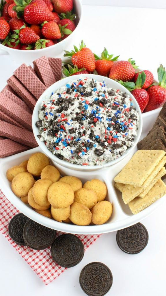 Patriotic Oreo Cookie Dip