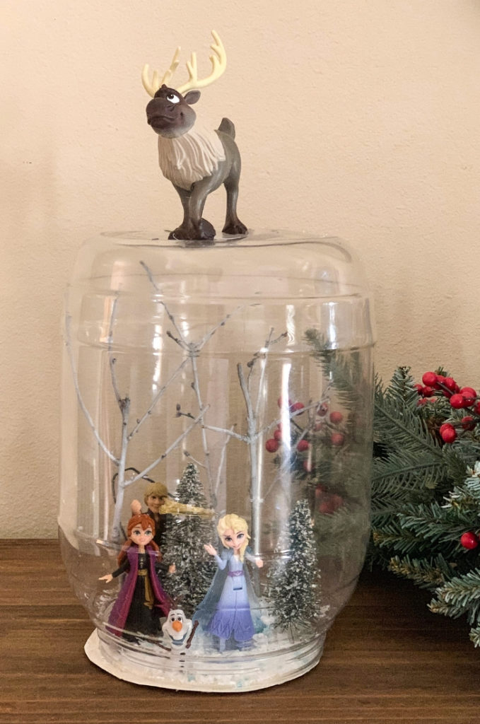 DIY Frozen Waterless Snow Globe