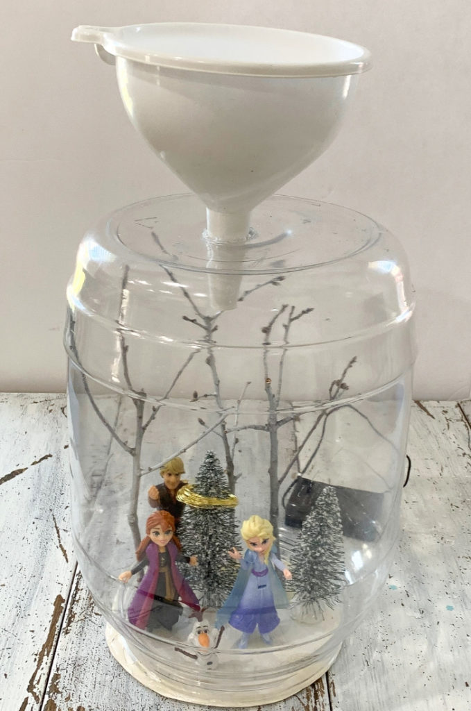 DIY Frozen Waterless Snow Globe Image